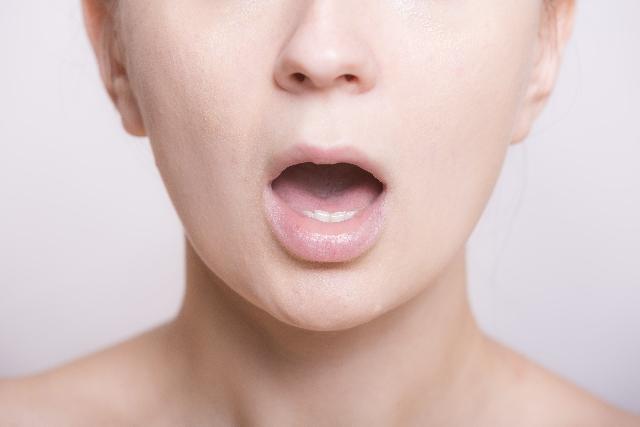顔は加齢とともに大きくなる?!改善に向けて効果が期待できる方法をお探しなら